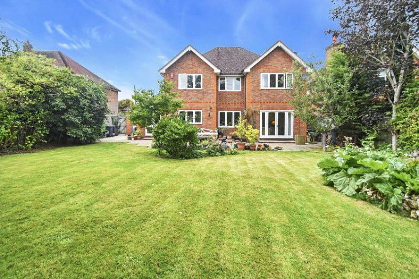Images for 31 Lye Green Road, Chesham, Buckinghamshire, HP5 3LR EAID:frost BID:Chesham