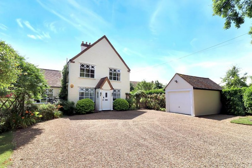 Images for The Farmhouse, Lycrome Road, Lye Green, Buckinghamshire, HP5 3LD EAID:frost BID:Chesham